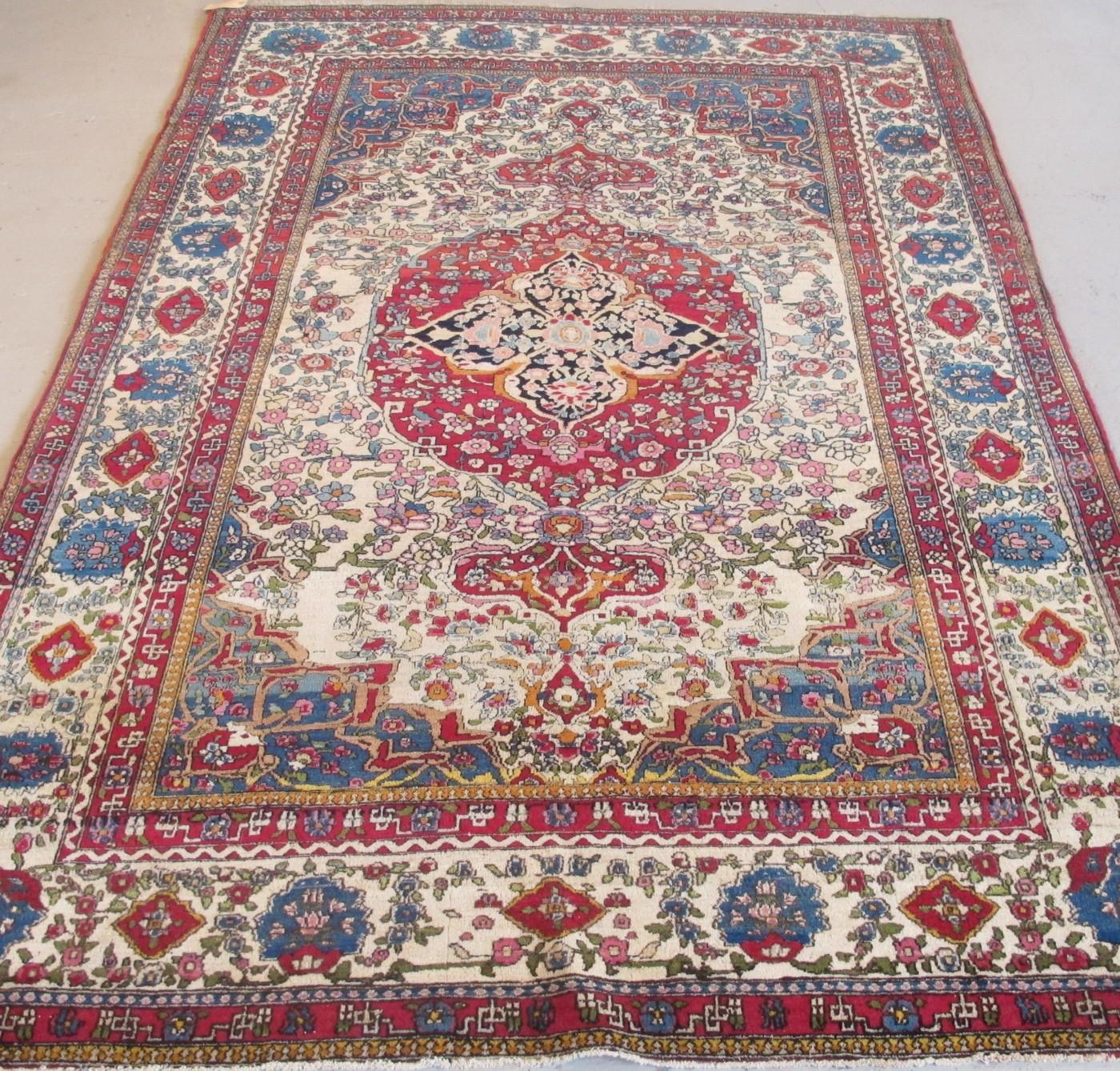 Cly Isfahan Rug