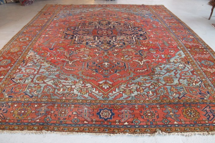 Large Heriz Carpet